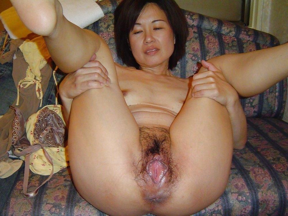 Смотреть фото со зрелыми азиатками крупно, лижет гламурной телке порно онлайн