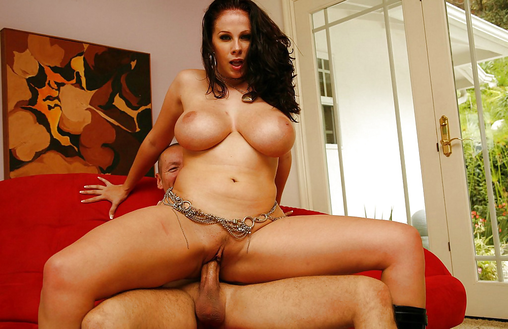 Gianna michaels and sandra romain get together porn photo
