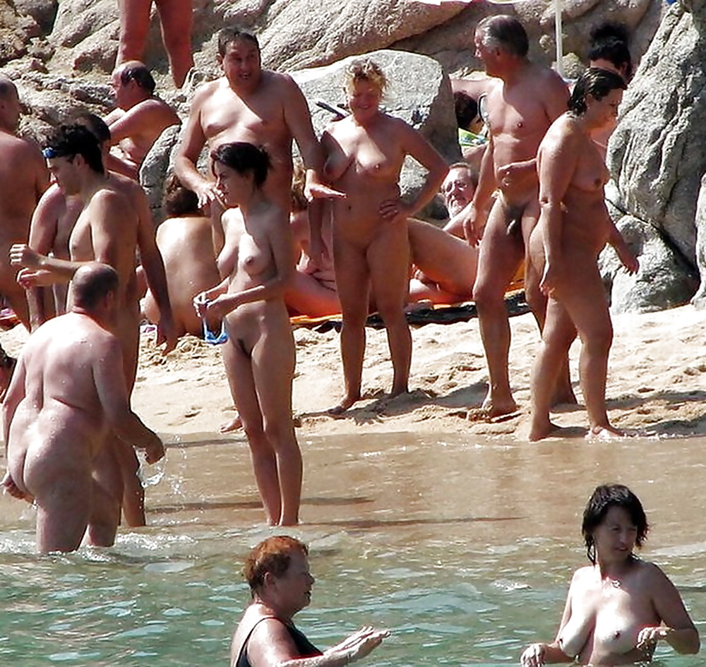 Papagayo nudist beaches