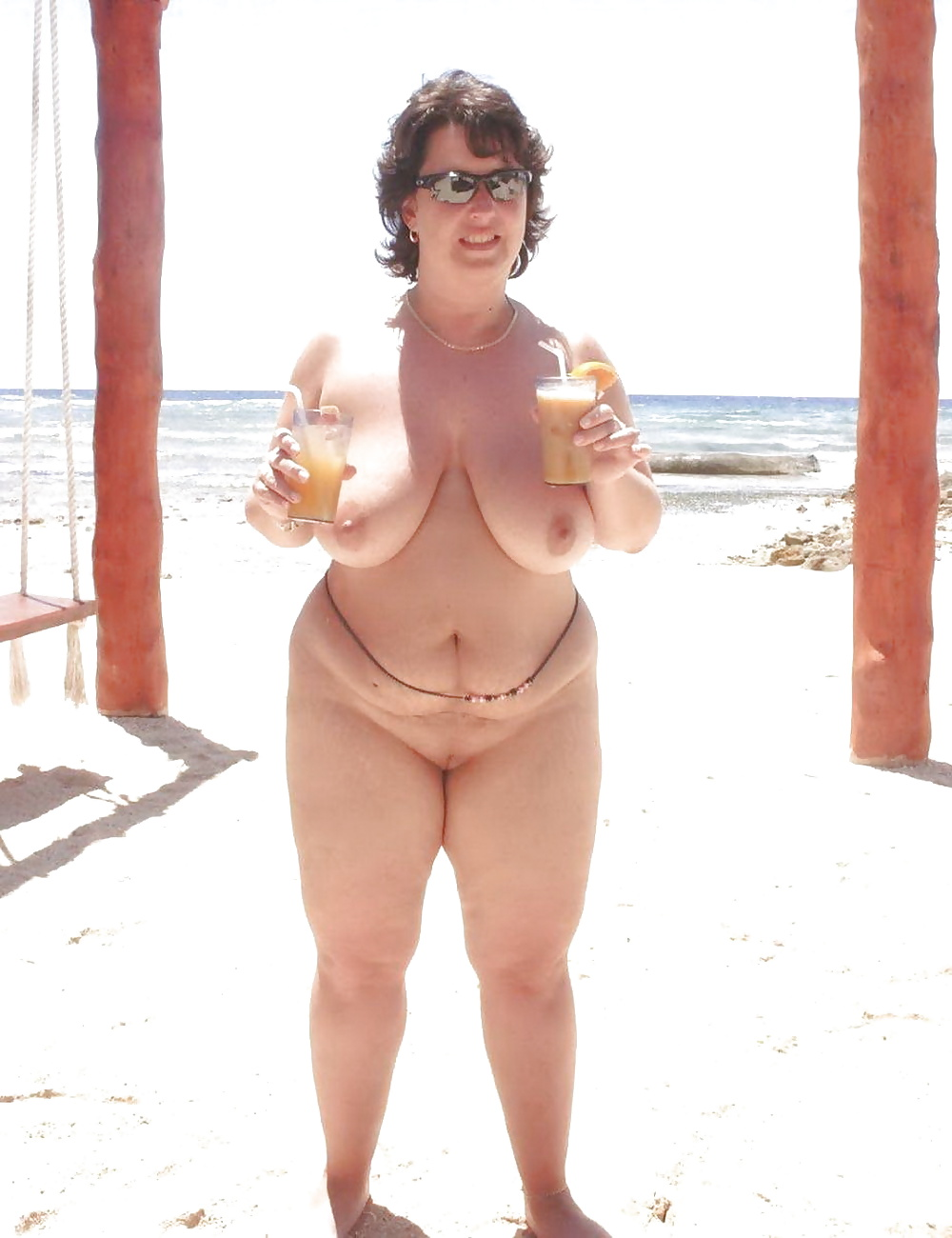 chubby-mom-at-beach-nude-sexy-girls-girls