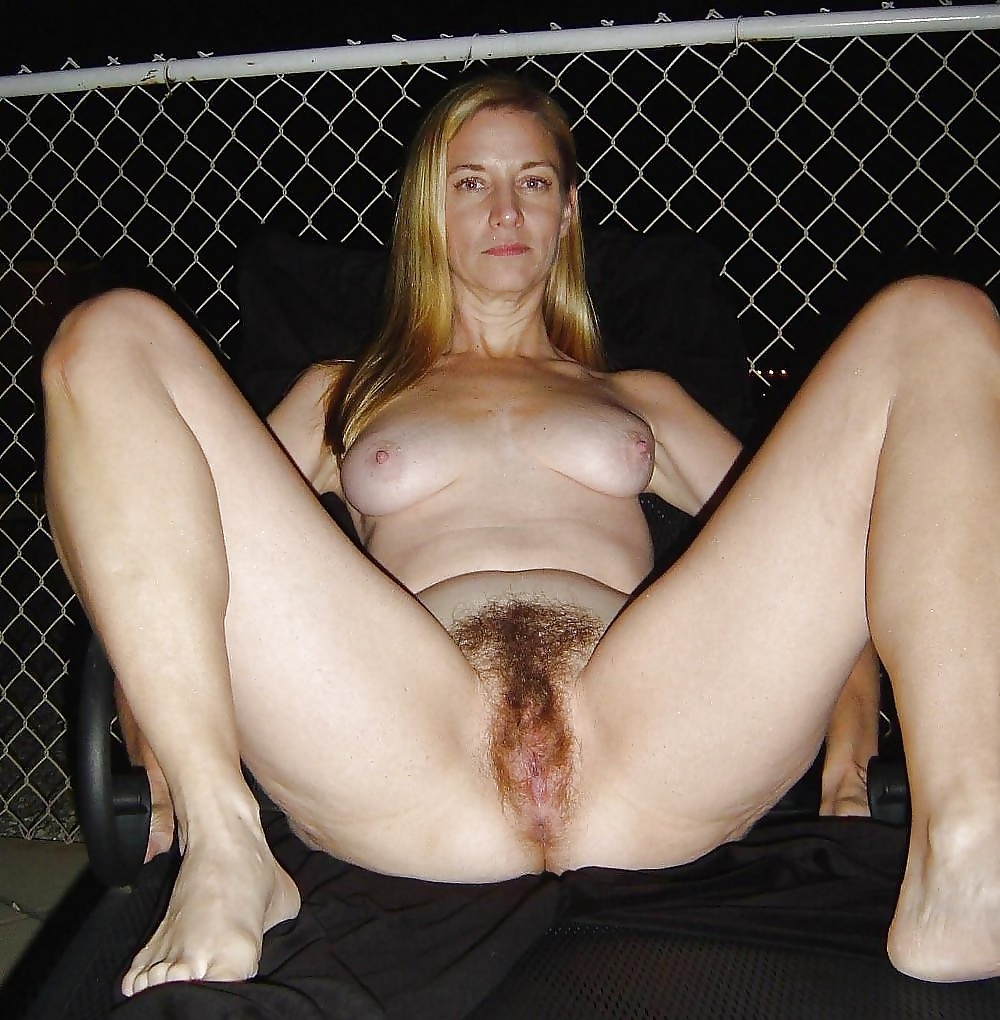 Amateur hairy girls