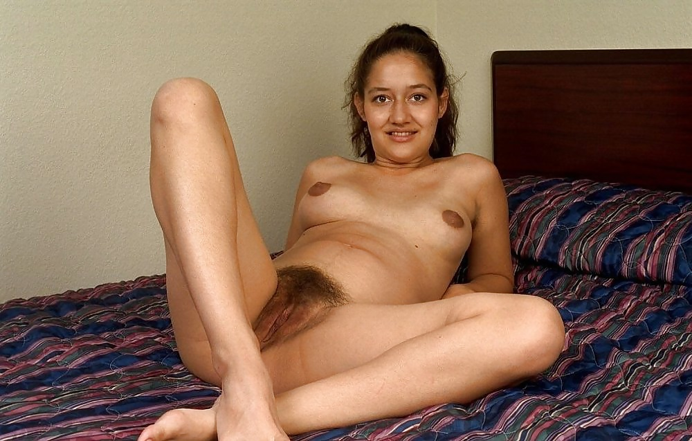 Sexy Indian Girl Hairy Pussy Naked Photo