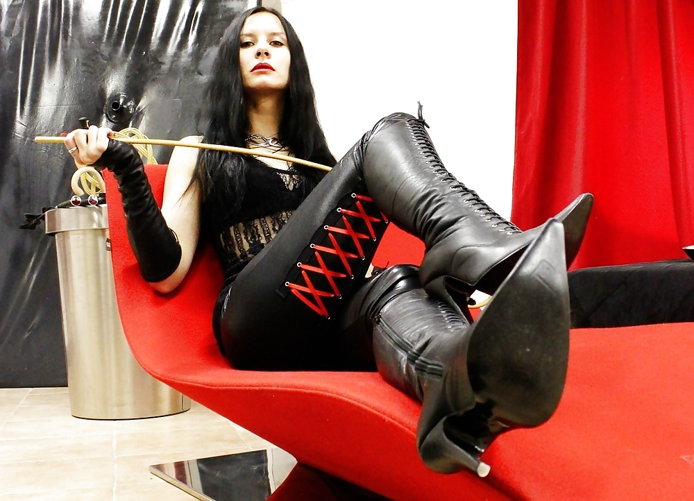 Femdom forced exhibitionist