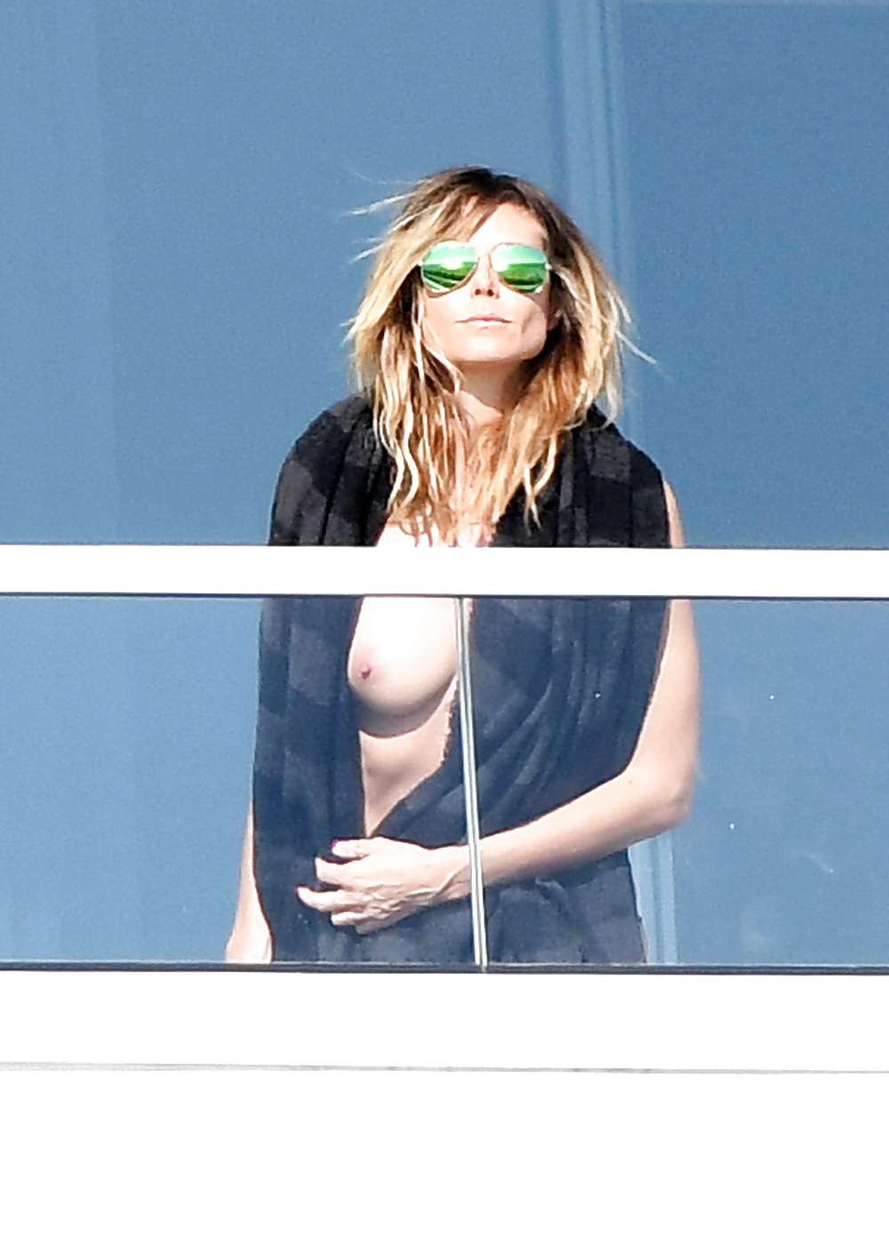 Heidi klum potential pussy flash of the day