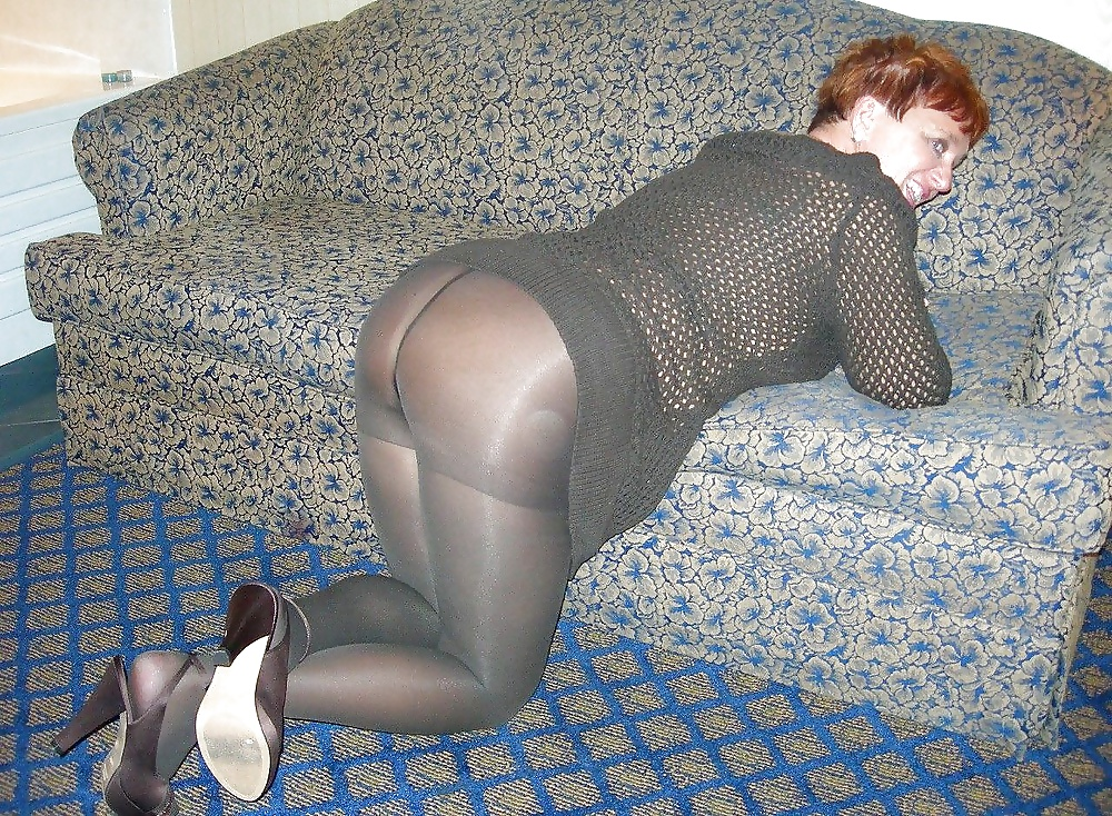 Search mature in pantyhose