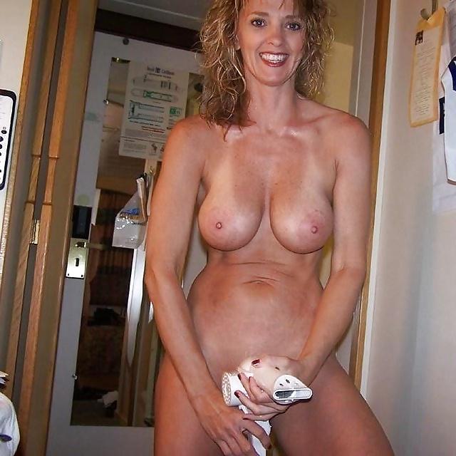 Fake nude pics of michelle obama