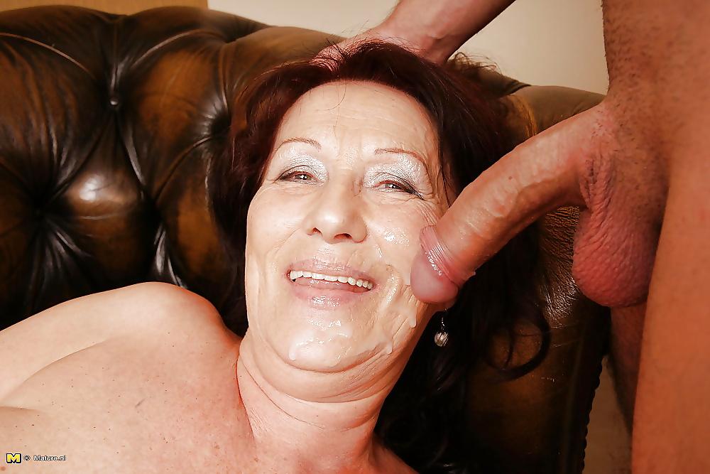 Zwergin Geil Nackte Oral