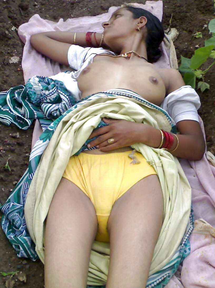 Sexy bra panty me indian girl ki photos antarvasna indian sex photos my desi boobs