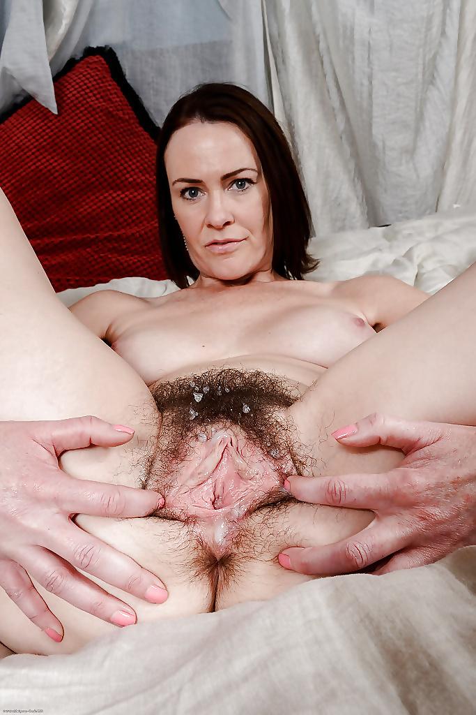 Порно фото зрелых вагин сперма, секс бесп смотреть онлайн