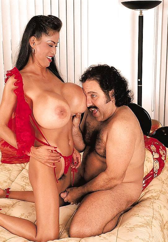 Huge boobs porn galery
