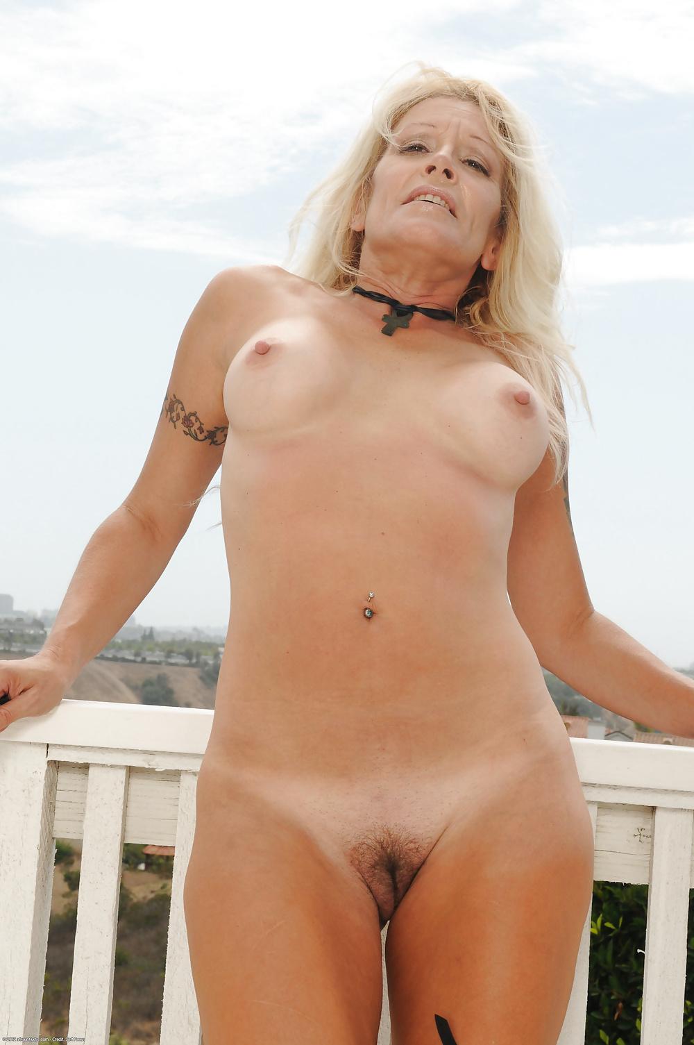 Nude gilf Free Grannies