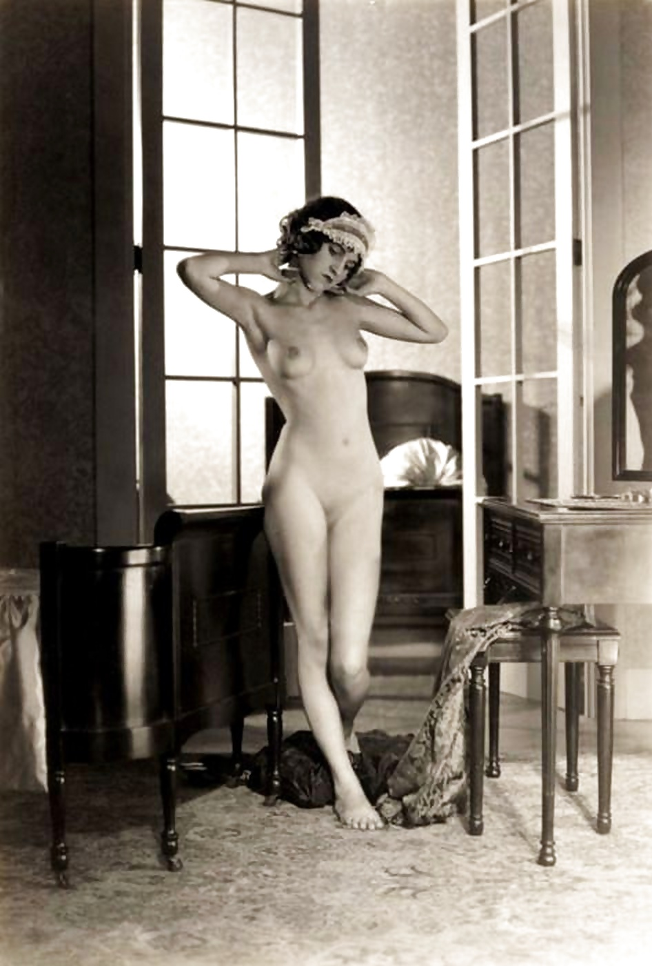 Naked Flappers
