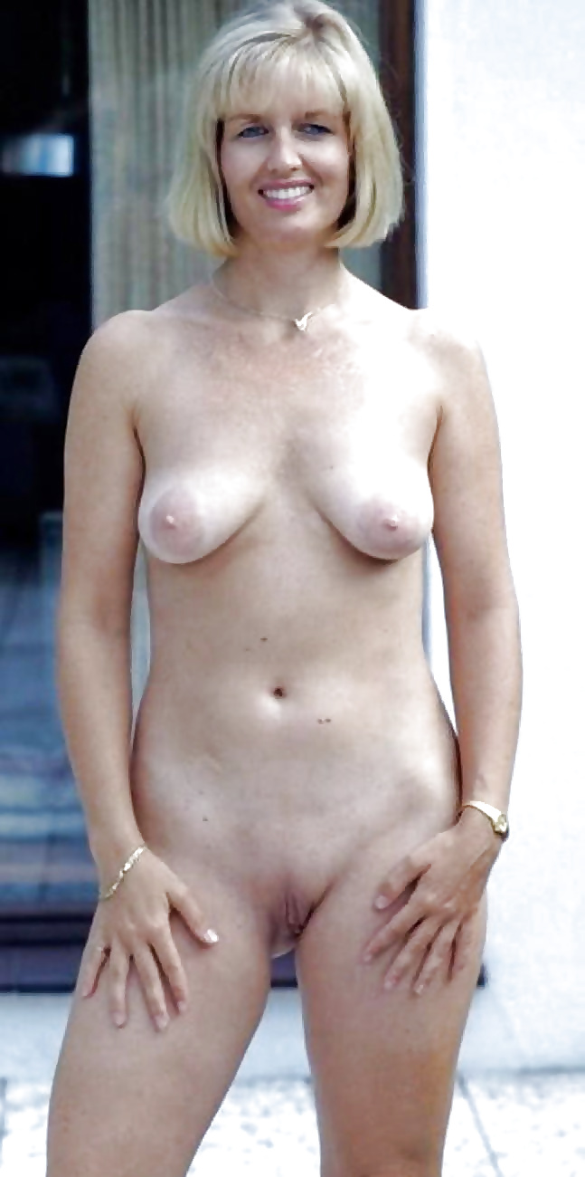 Sexy topless middle