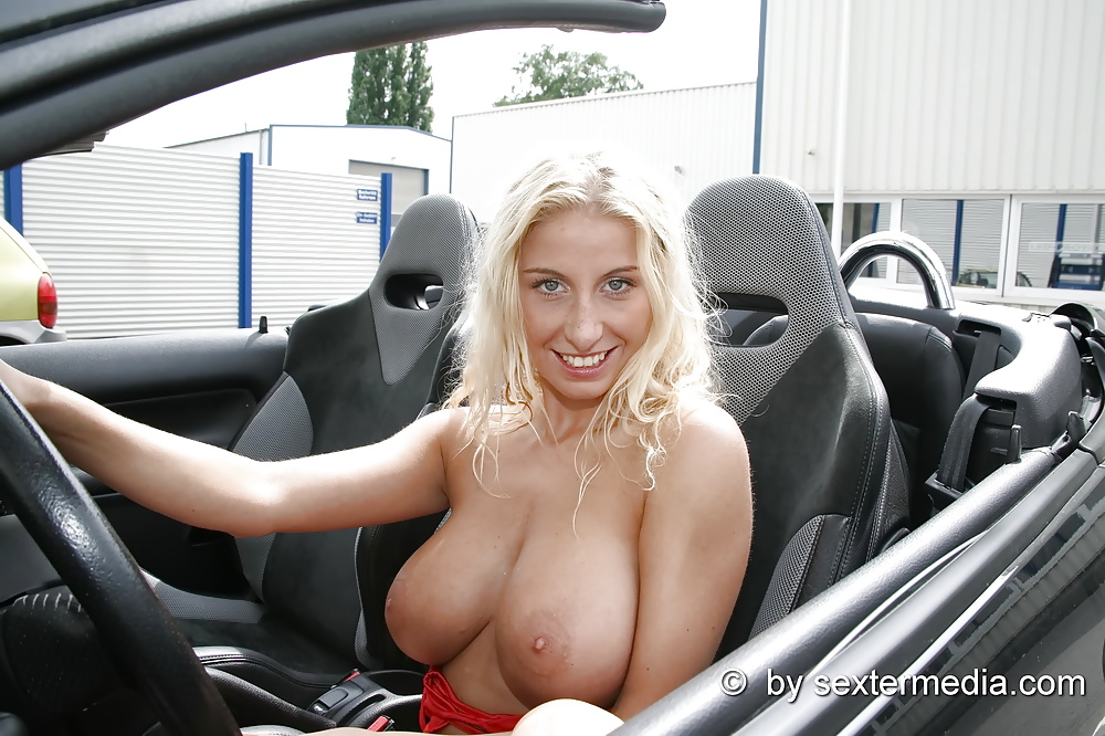 In auto nackt Sex Nackt