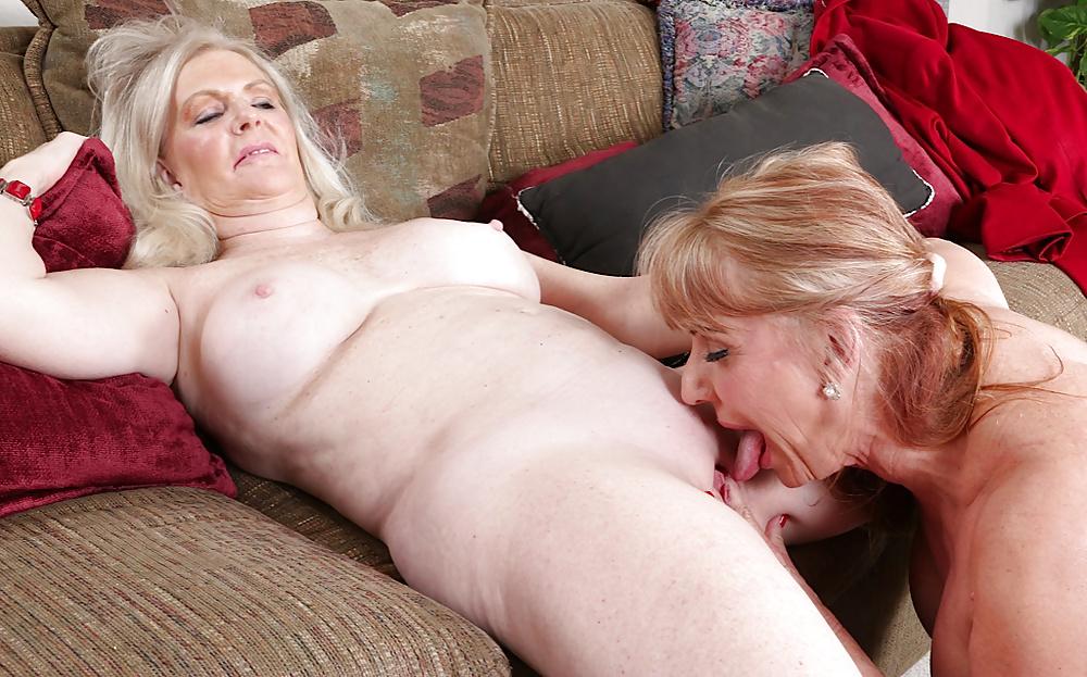 Ellen And Katy Jones Have Granny Lesbian Sex