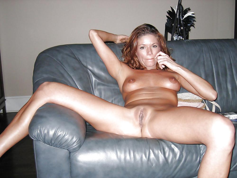 Amateur lady nude