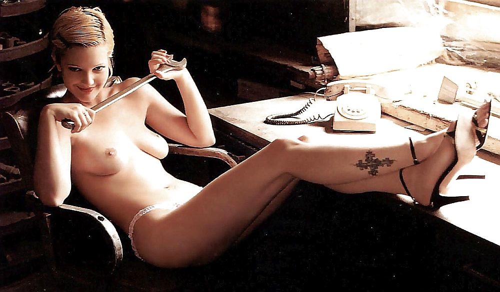 Drew barrymore nude photo and photo collection