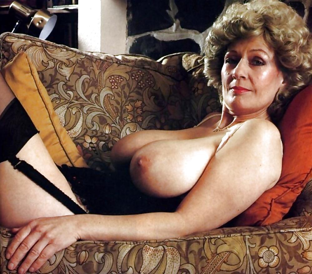 Vintage Milf Porn Photos Updated Daily