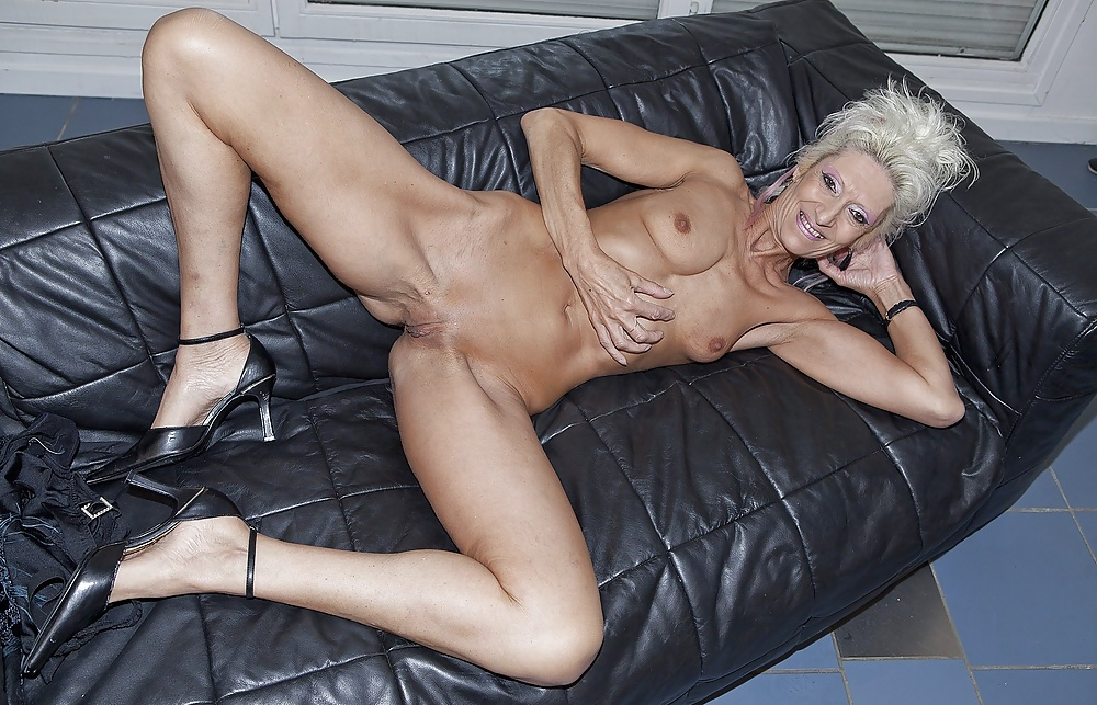 nude-mature-senior-sexy-women