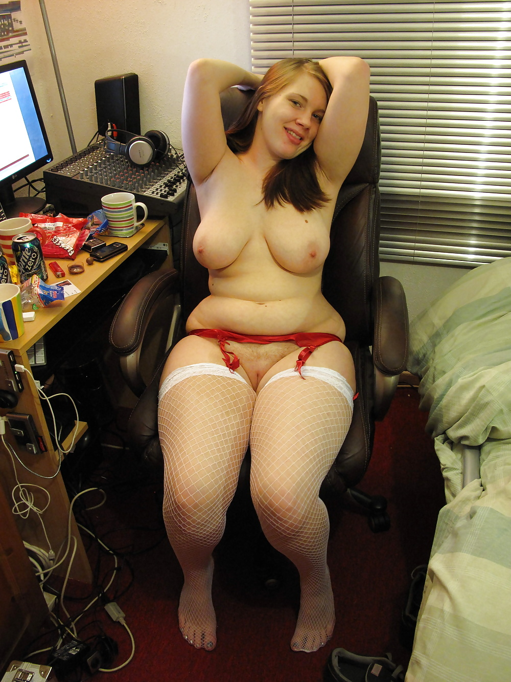 Эротика фото голых пухленьких частное, порно онлайн кончили в одну