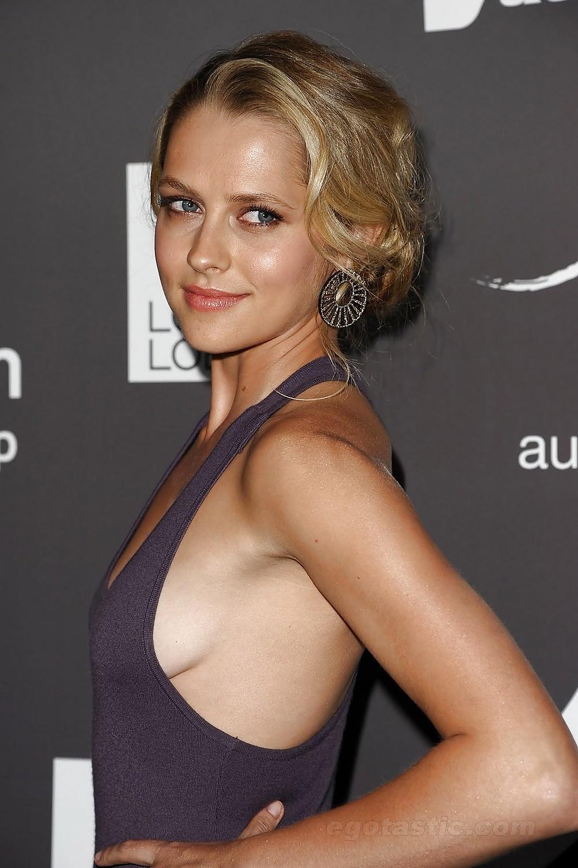 Teresa palmer breasts