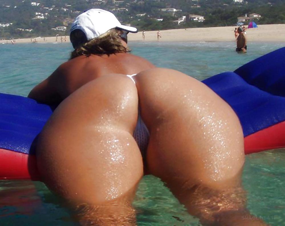Shorty got hips shorty got ass