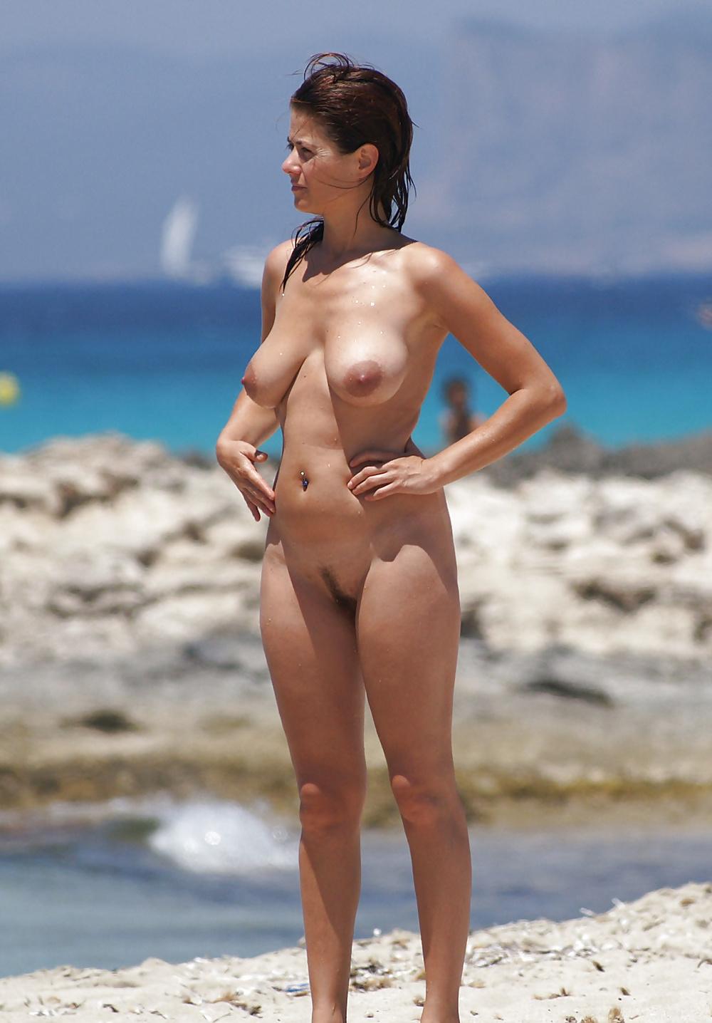 Solo female travel in croatia