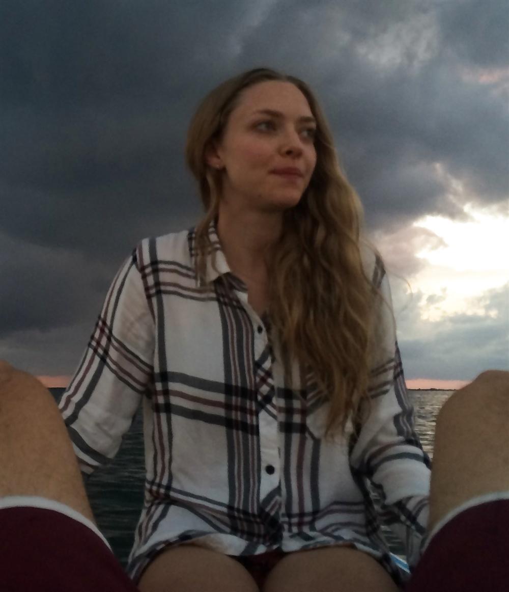 Аманда Сейфрид Видео Слитые Лодка