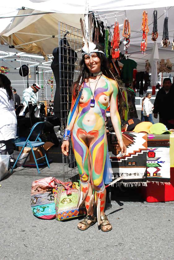 Group seeks to show the world the art of nyotaimori