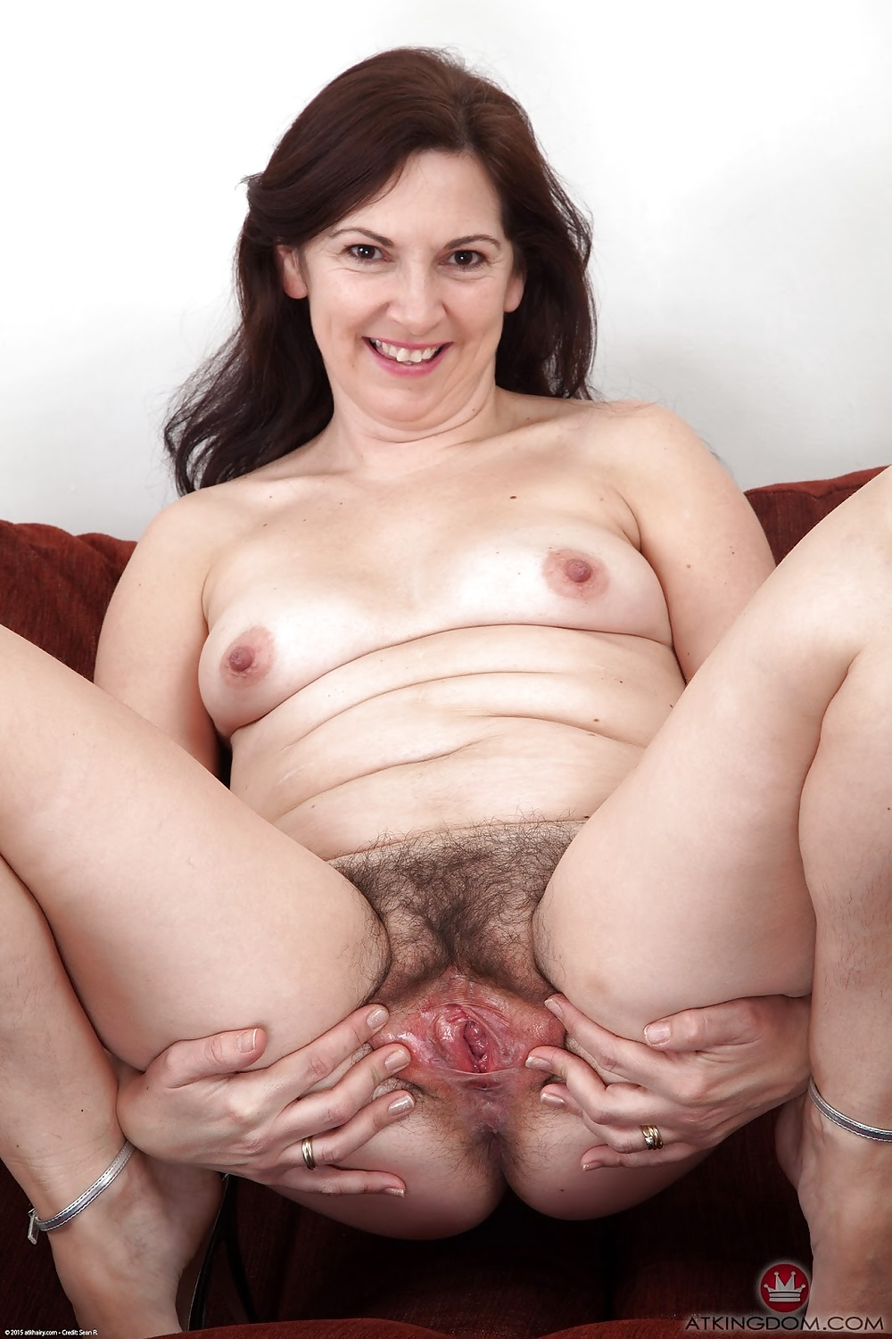 Hairy pussy blonde mama lady adult photos hd