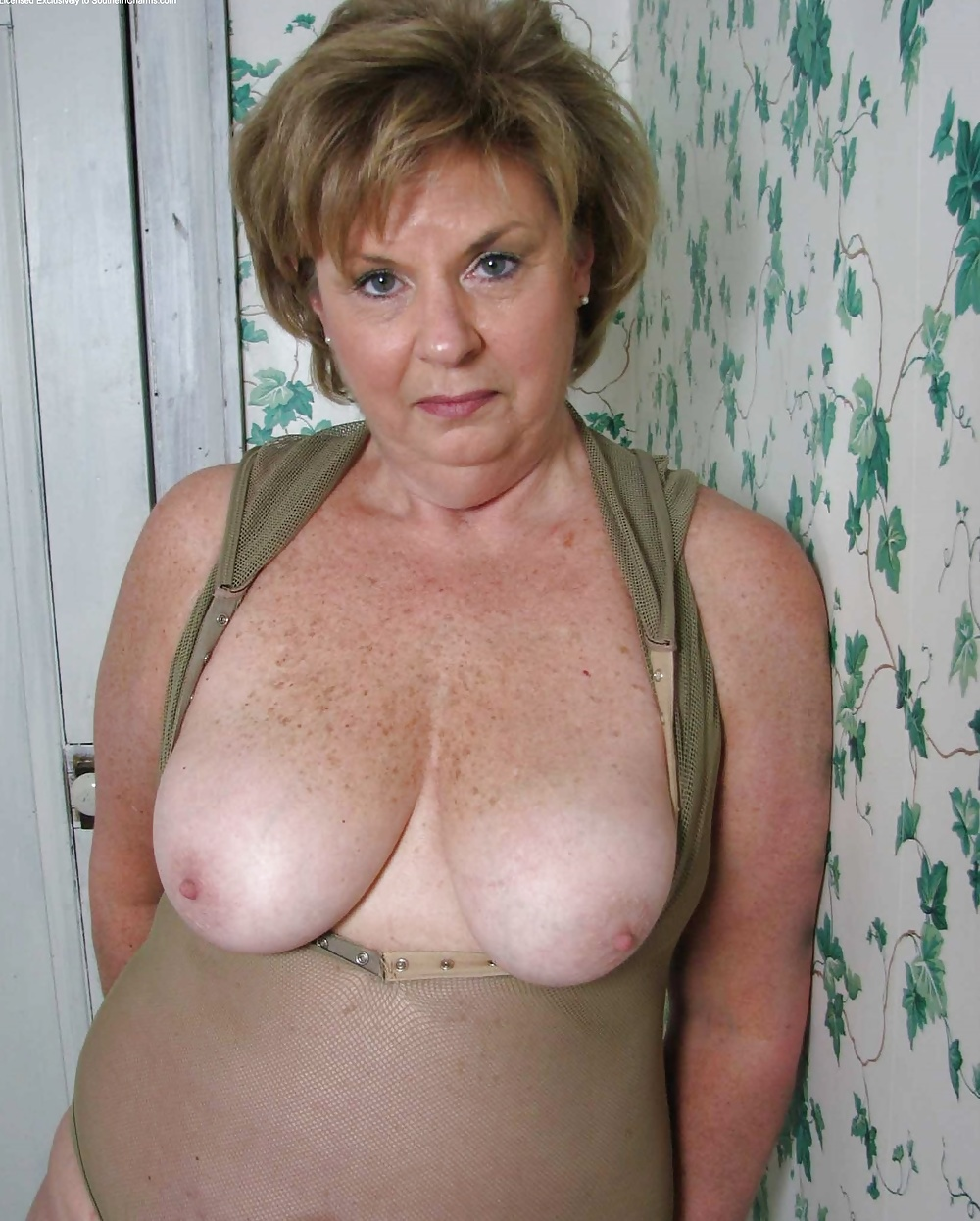 Deb milf porn galleries