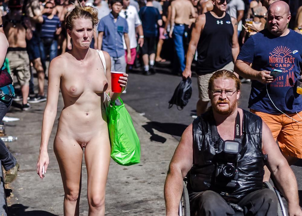 Festival nude