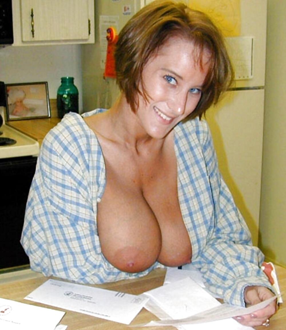 Natural milf boobs africa porno pics