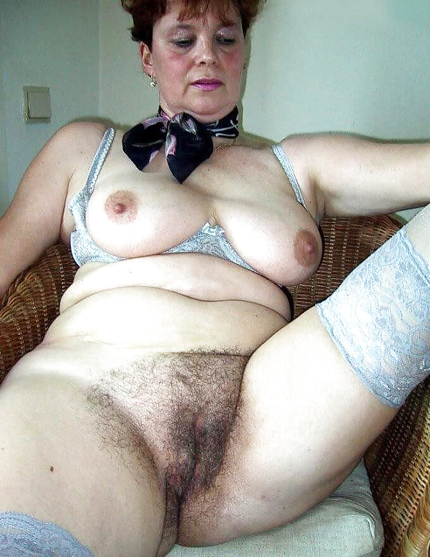 Very old fat hairy pussy