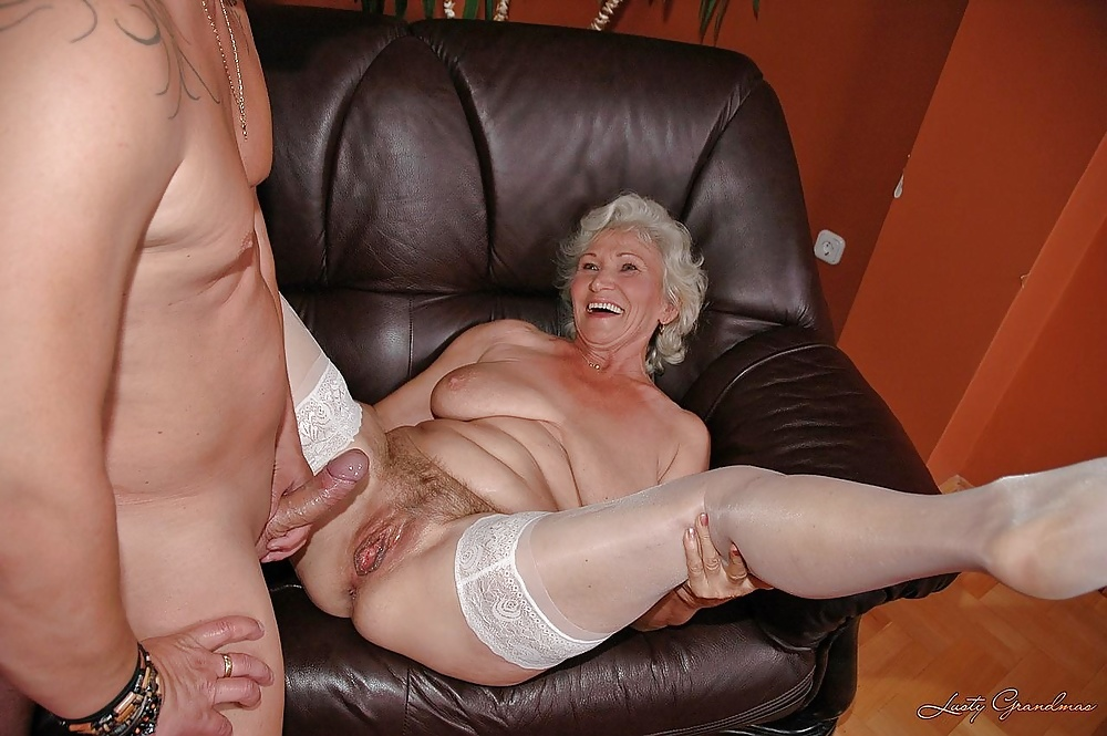 Naked mature women in high heels