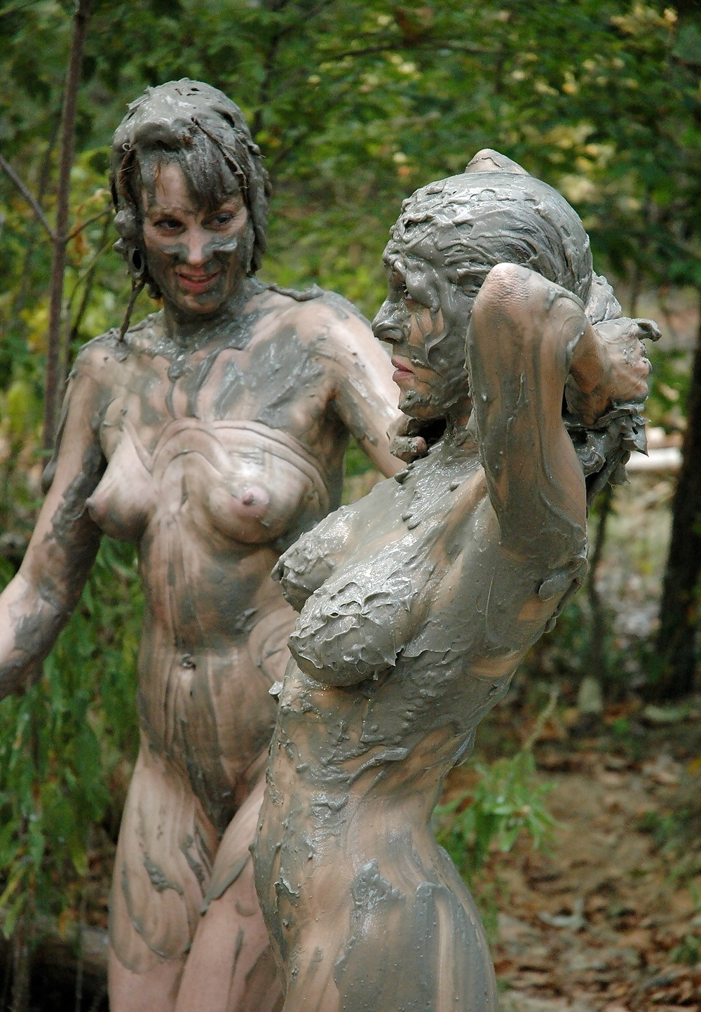 girls-on-muddy-atvs-naked-sucking-tits