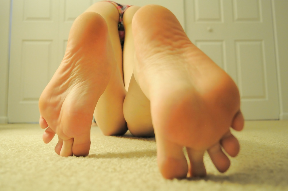 Male Toes Images, Stock Photos Vectors