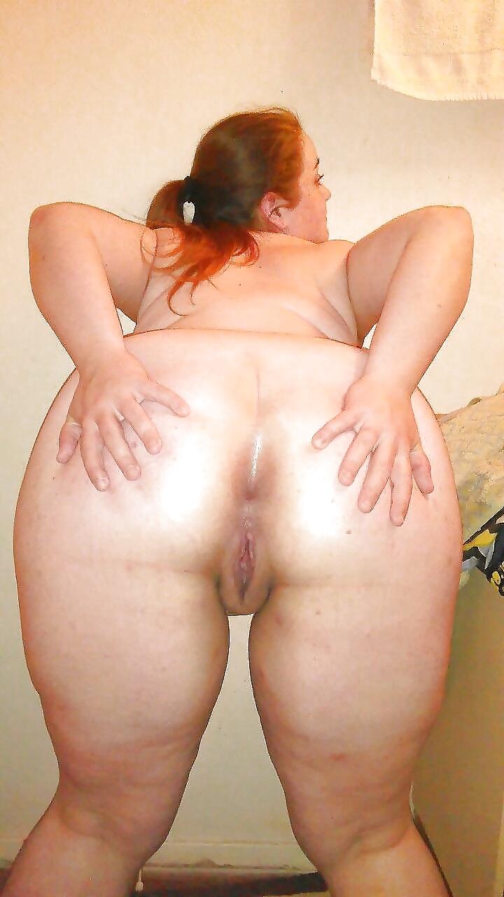 раздвинутые жопы жирных баб - 13
