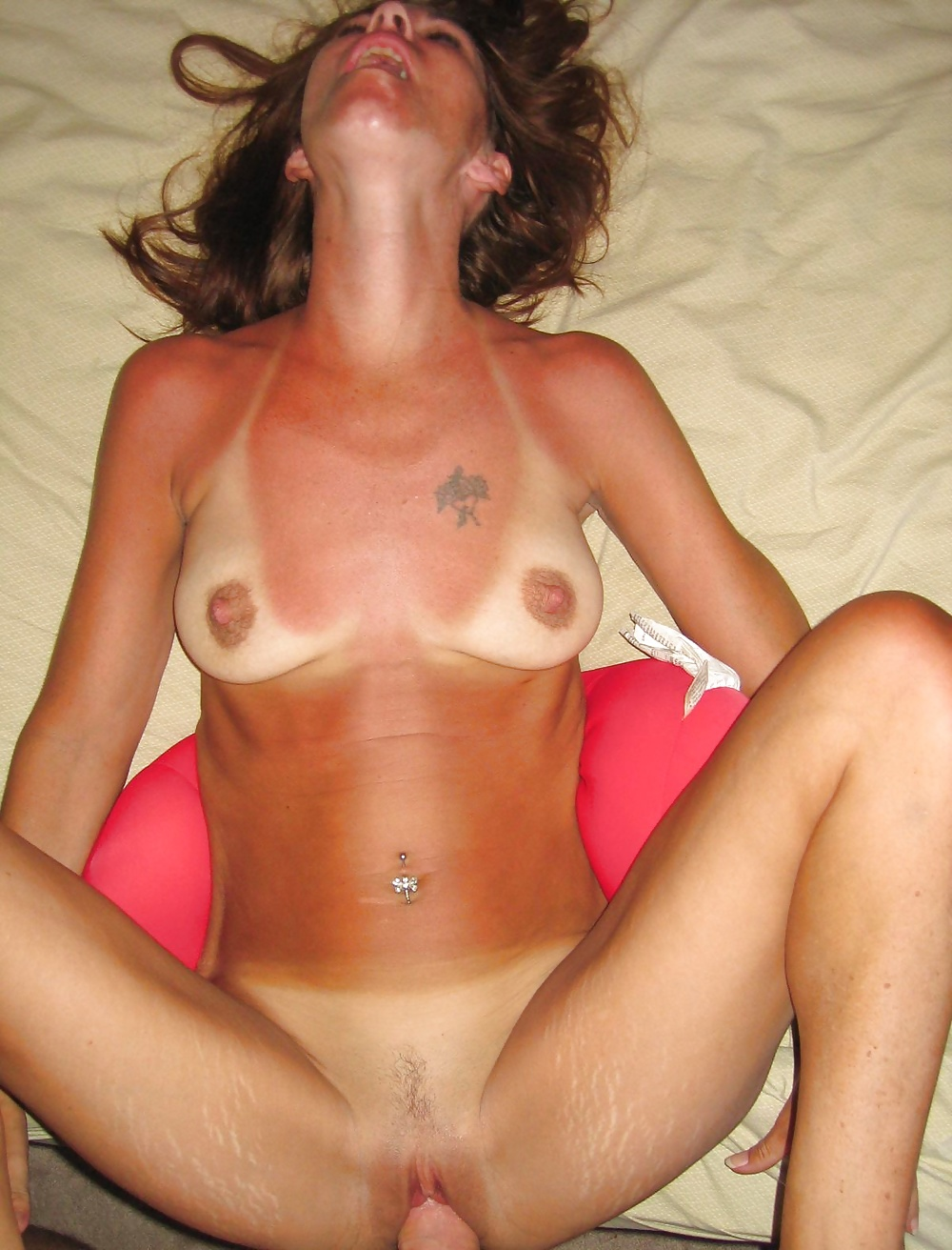 Tan line amateur