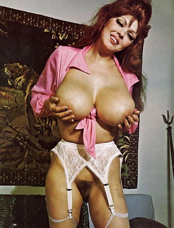 Showing porn images for big tit vintage queens porn