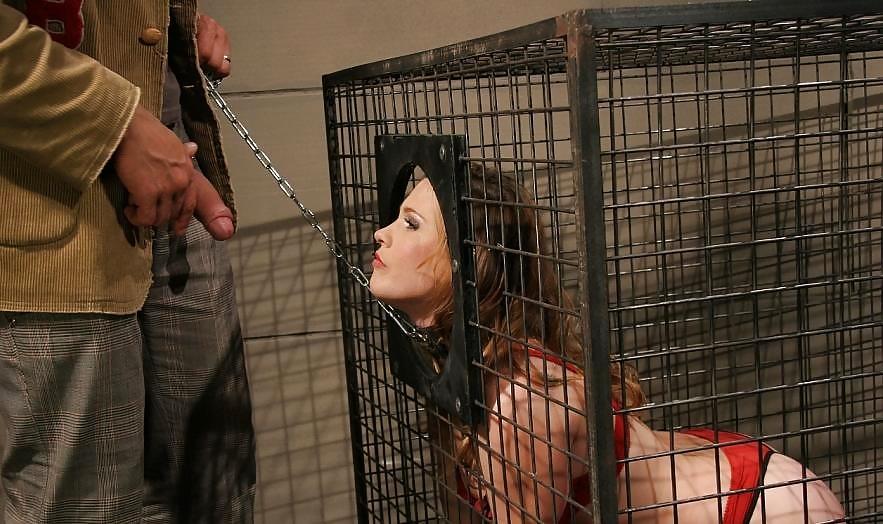 Nude scenes in women in cages
