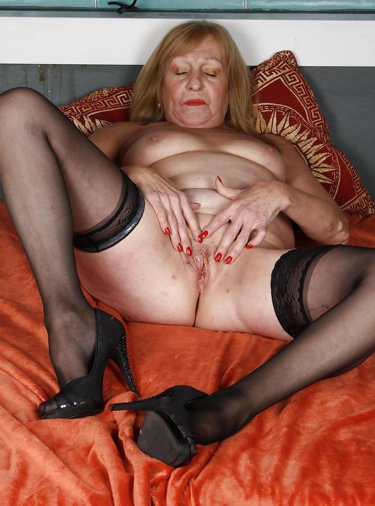 Порно фото старой бляди, видео эротика таша