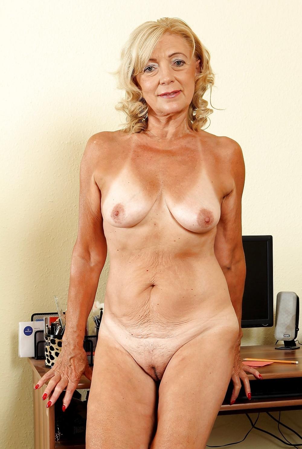 fuckable-older-women-fuck-under-litle-girls-porn