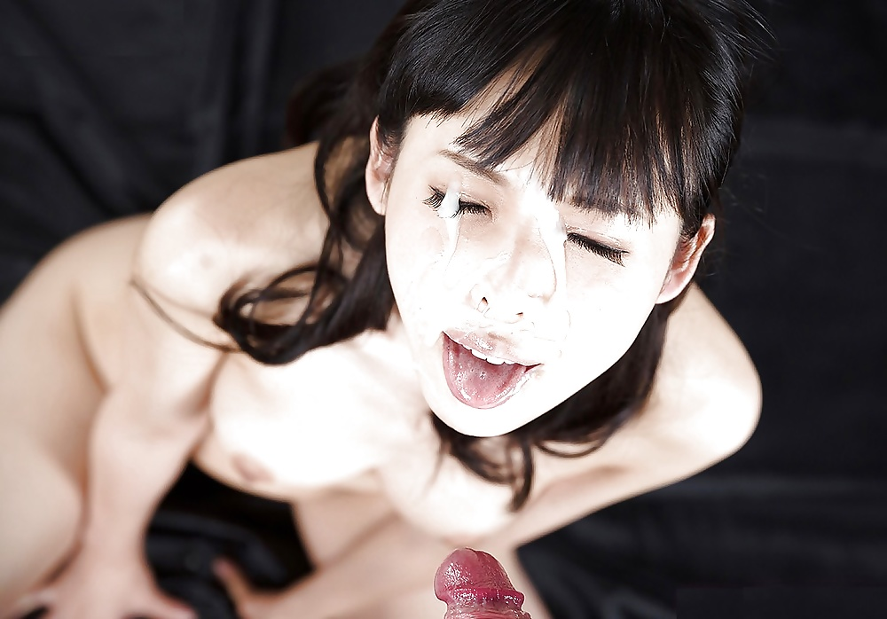 Japanese girl surprised cum