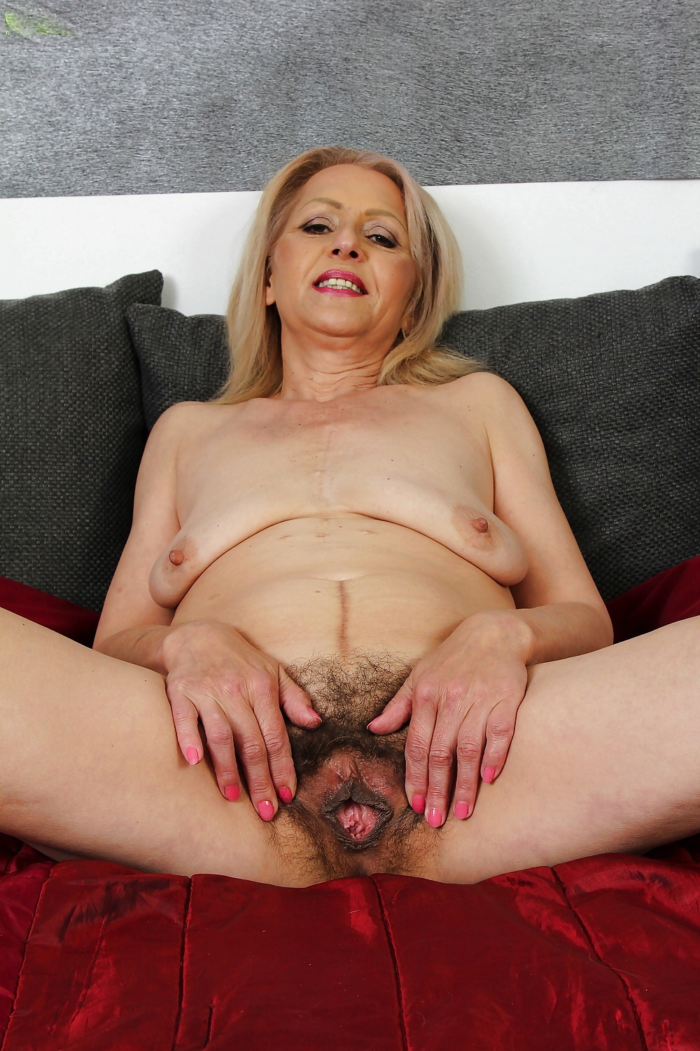 Mature pussy hunt, saggy mom sex gif