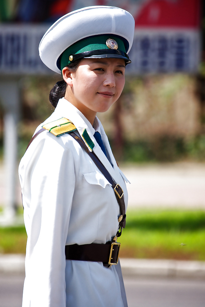 korean-army-girls