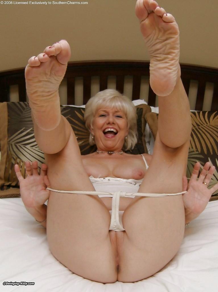 naked-granny-fetish