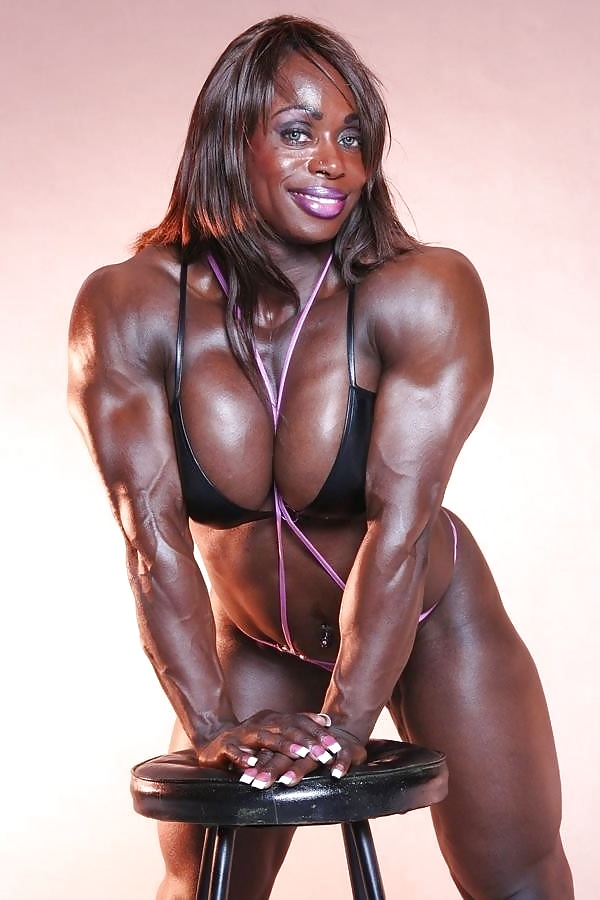 Mature black muscle women, ma petite transalation