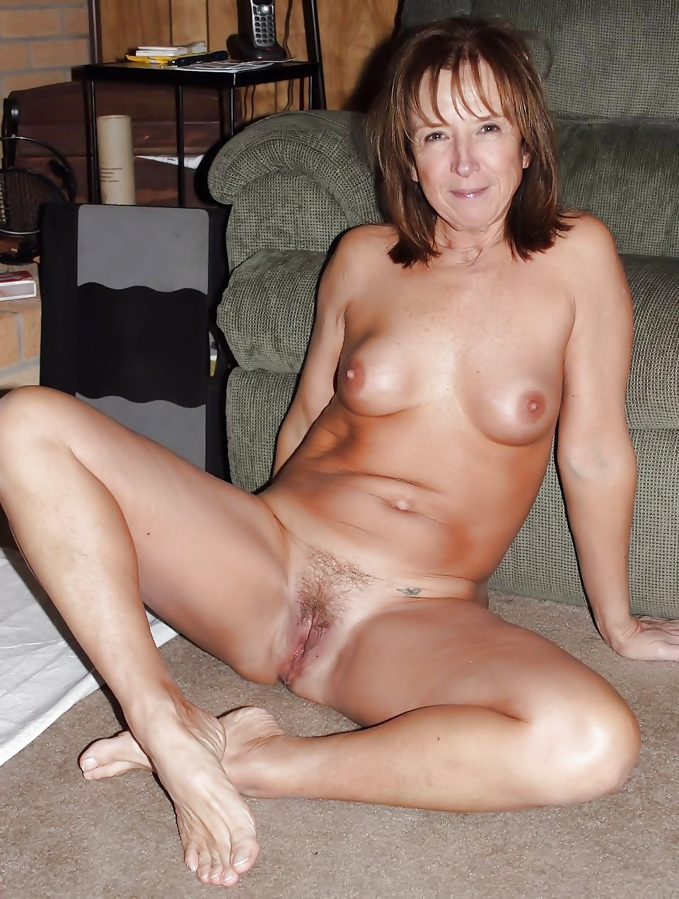 Naked amateur milfs in maryland