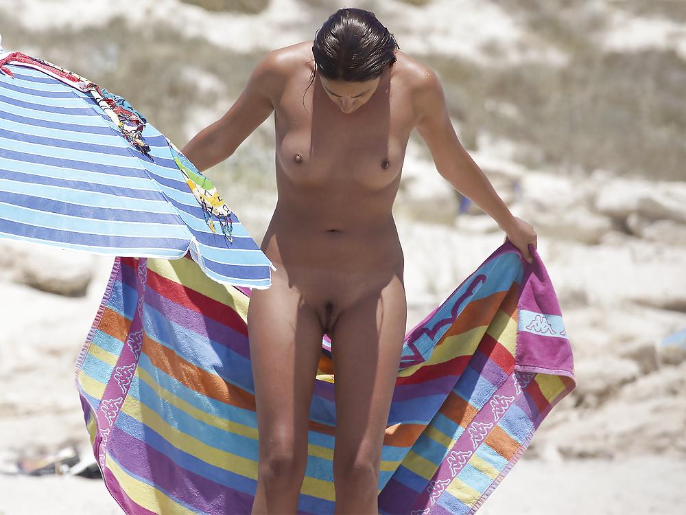 Voyeur undressing video